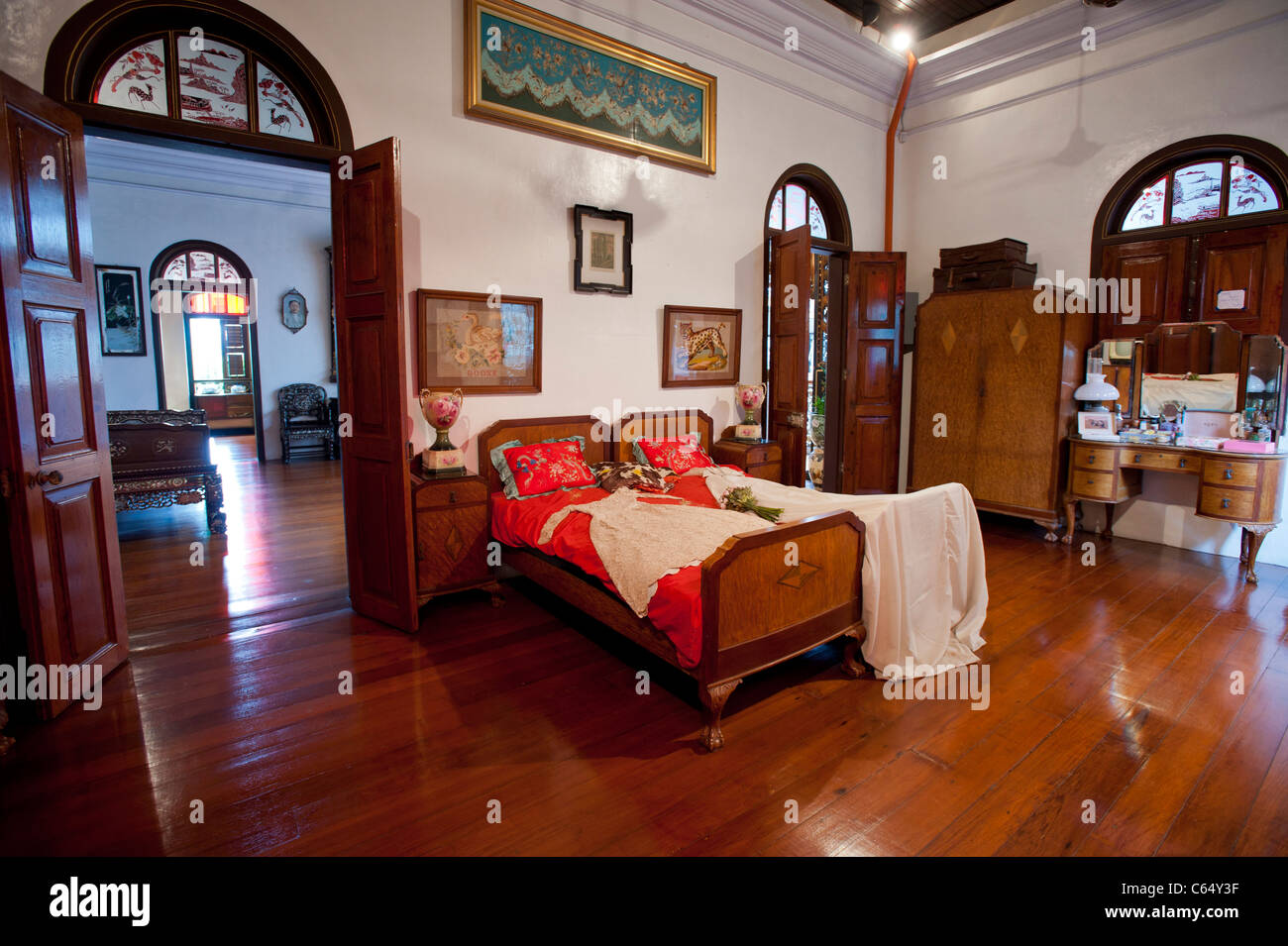 Master Bedroom in the Peranakan Mansion, George Town, Penang ...