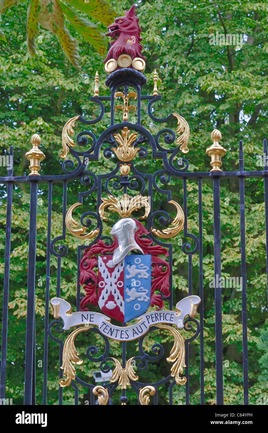 Jesus College gate, Cambridge, England 110704 70263