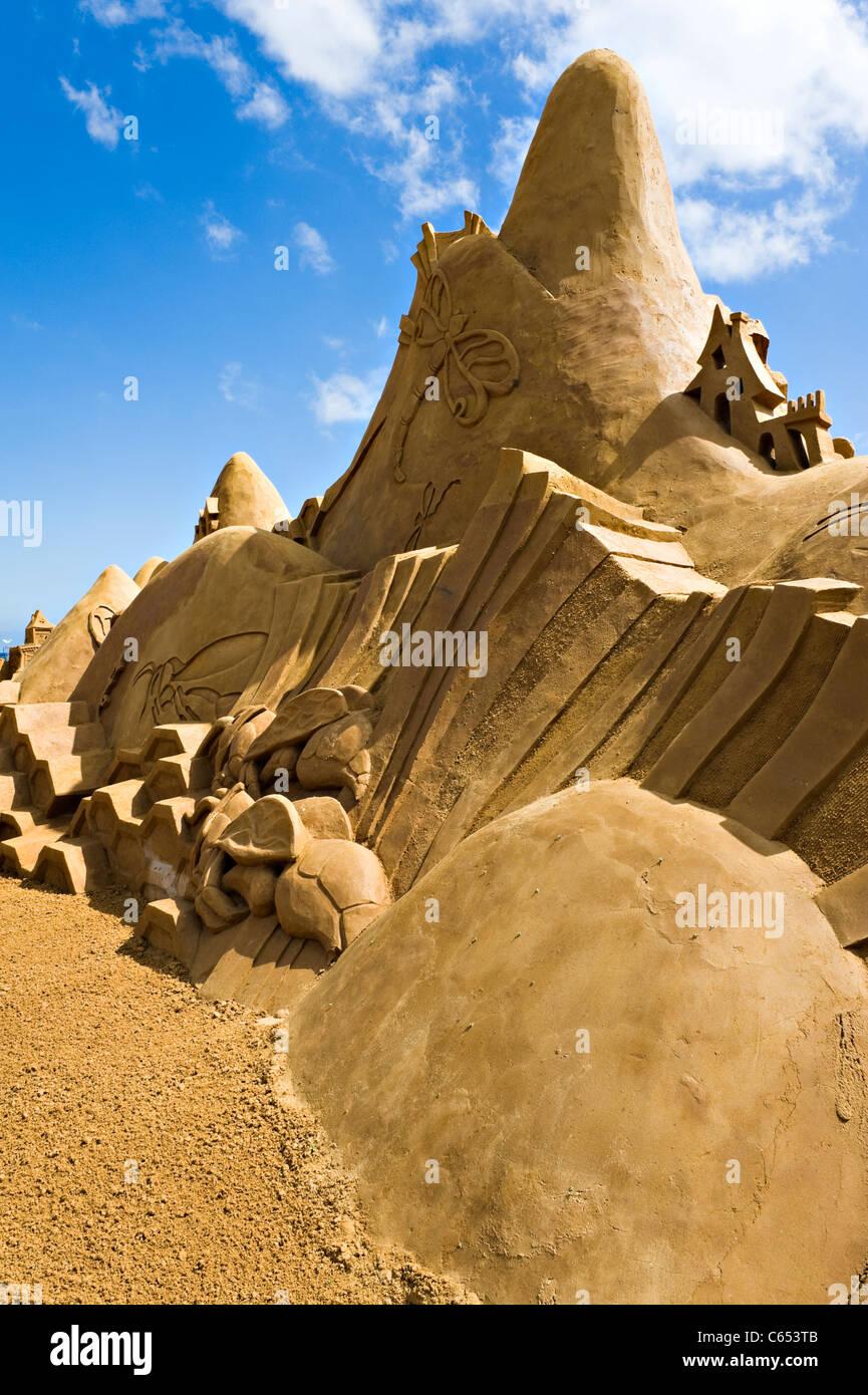 Castle Sand Sculpture Tourist Art Attraction Creepy Crawiles at Frankston near Melbourne Victoria Australia - Stock Image