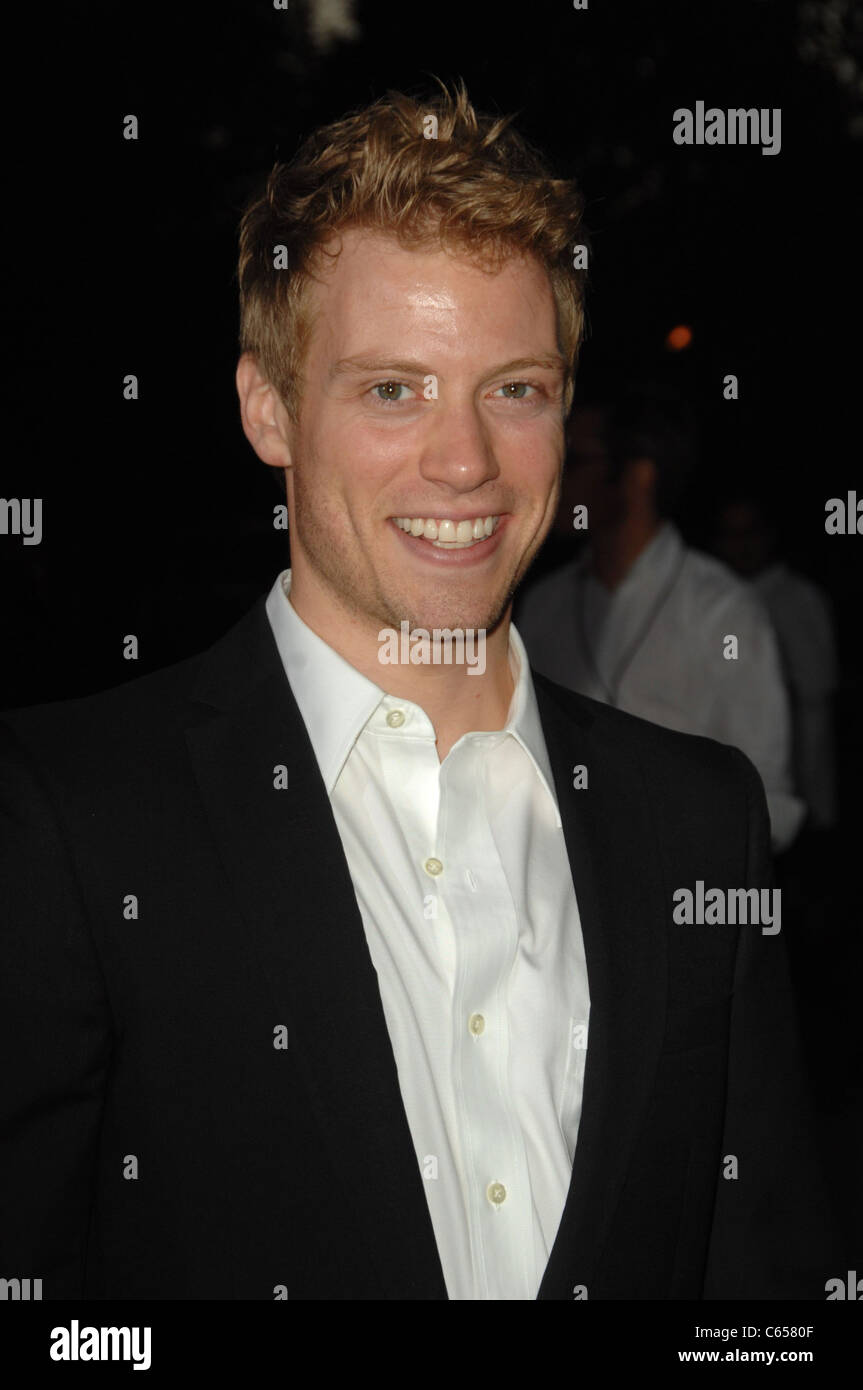 Barrett Foa at arrivals for WAITING FOR SUPERMAN Premiere, Paramount Theatre, Los Angeles, CA September 20, 2010. - Stock Image