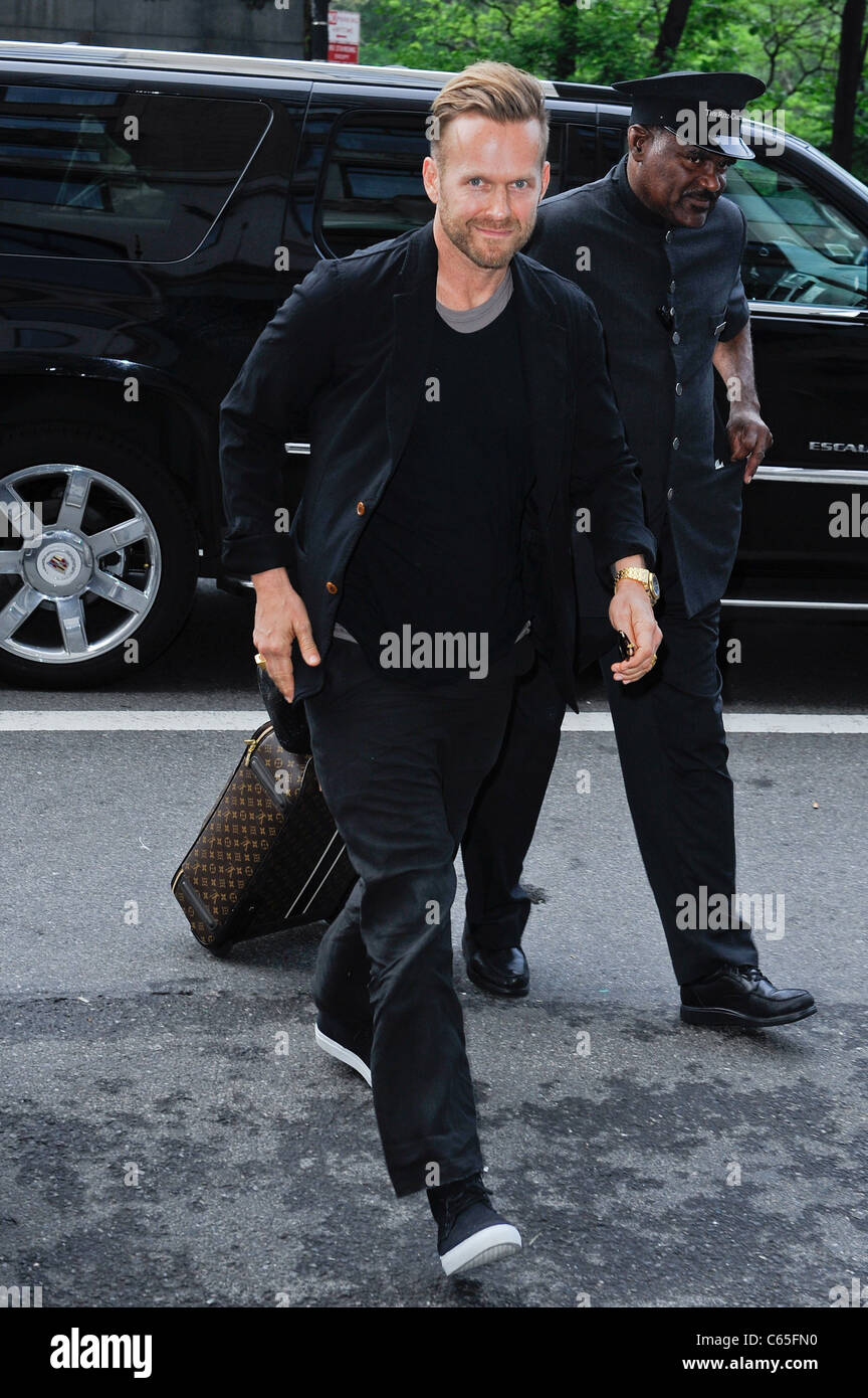 Bob Harper, enters a Midtown Manhattan hotel out and about for CELEBRITY CANDIDS - SUN, , New York, NY May 15, 2011. - Stock Image