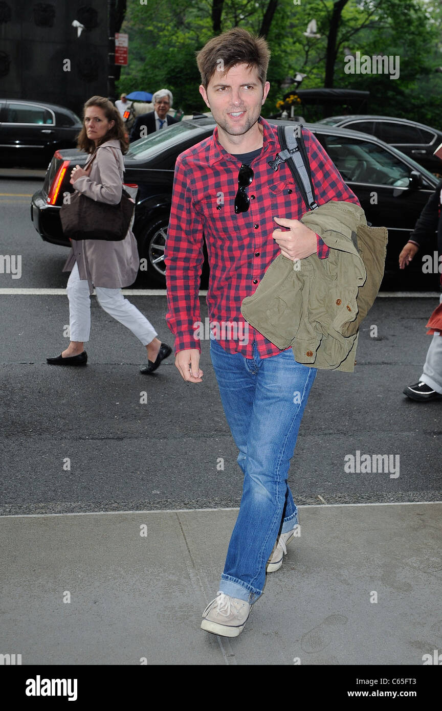Adam Scott, enters a Midtown Manhattan hotel out and about for CELEBRITY CANDIDS - SUN, , New York, NY May 15, 2011. - Stock Image