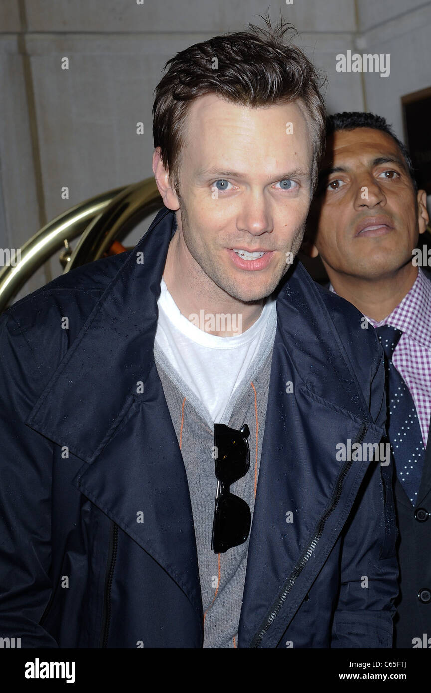 Joel McHale, enters a Midtown Manhattan hotel out and about for CELEBRITY CANDIDS - SUN, , New York, NY May 15, - Stock Image