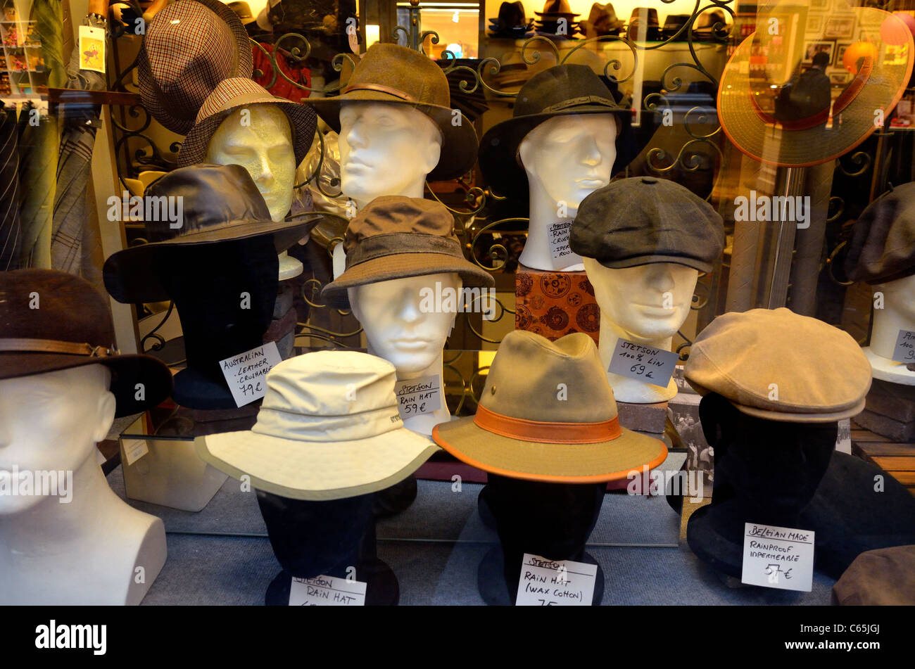 a7dfe55969cfb Hats In Shop Window Stock Photos   Hats In Shop Window Stock Images ...