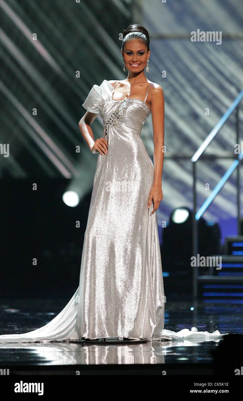 Venus Raj (Miss Philippines) in attendance for Miss Universe 2010