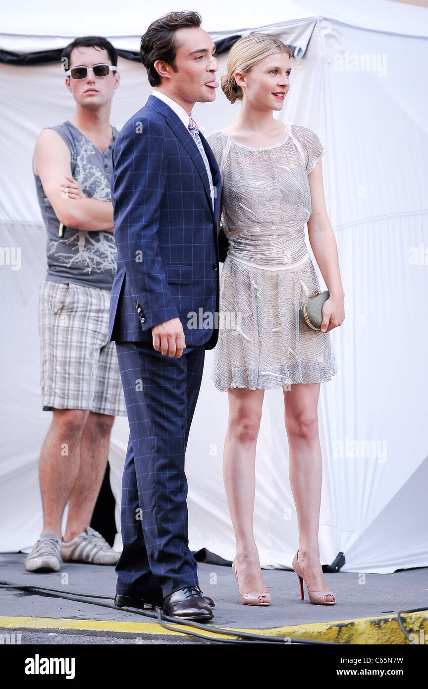 Ed Westwick, Clemence Poesy, film a scene at the 'Gossip Girl' movie set in the Meatpacking District out - Stock Image