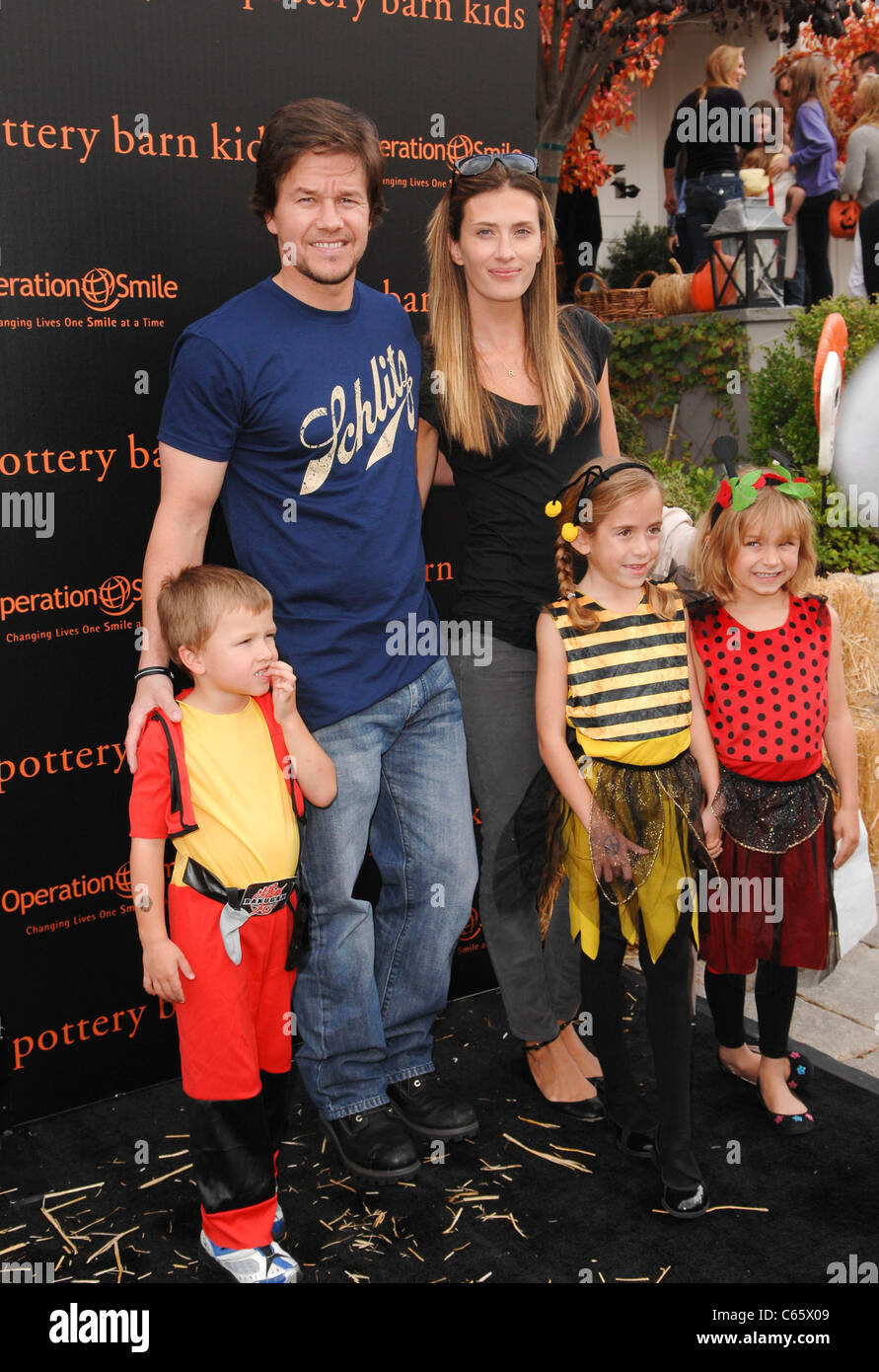Mark Wahlberg Rhea Durham Kids In Attendance For