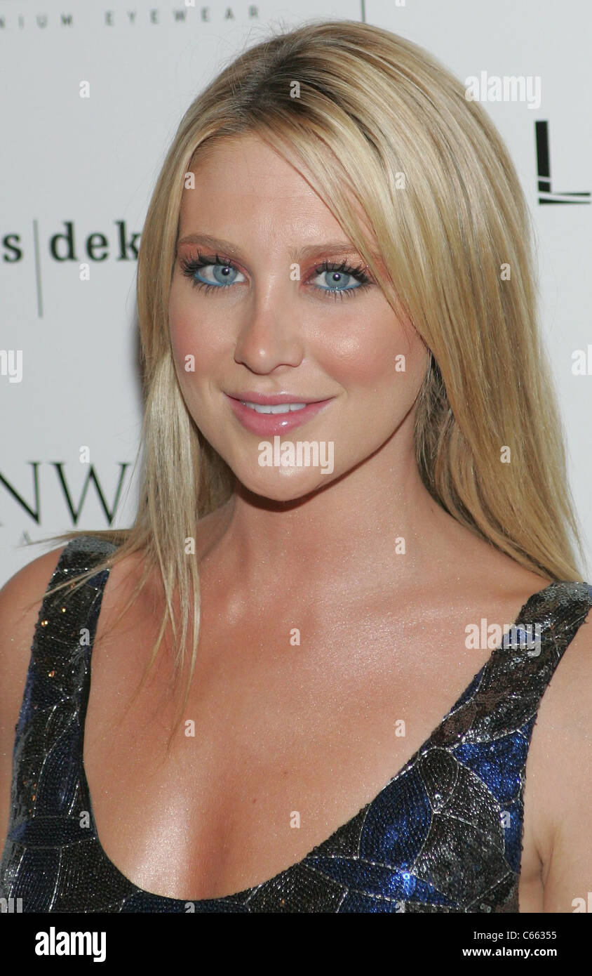 Stephanie Pratt at arrivals for Runway Magazine's What's Hot, What's New, What's Next in Fashion, - Stock Image