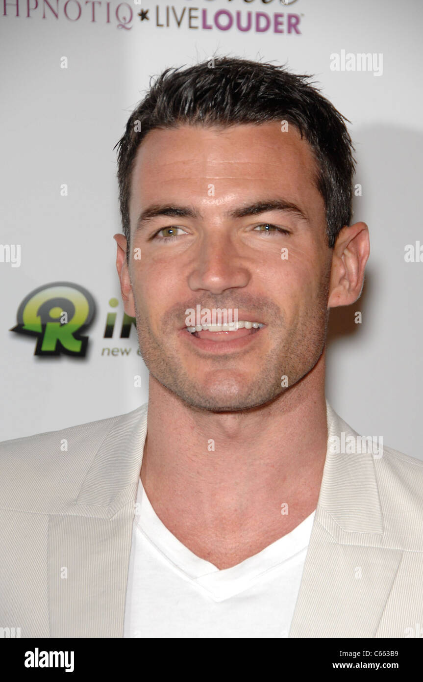 Aiden Turner at arrivals for LOVE WEDDING MARRIAGE Premiere, Pacific Design Center, Los Angeles, CA May 17, 2011. Stock Photo