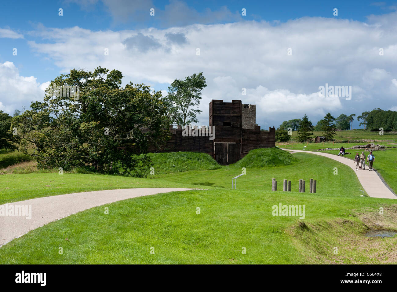 Vindolanda Roman Fort includes reconstructions to give an idea of the appearance of roman fortifications. - Stock Image