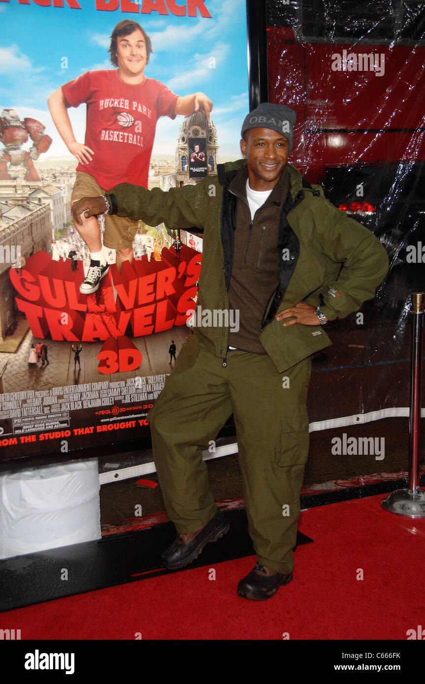 Tommy Davidson at arrivals for GULLIVER'S TRAVELS Premiere, Grauman's Chinese Theatre, Los Angeles, CA December - Stock Image