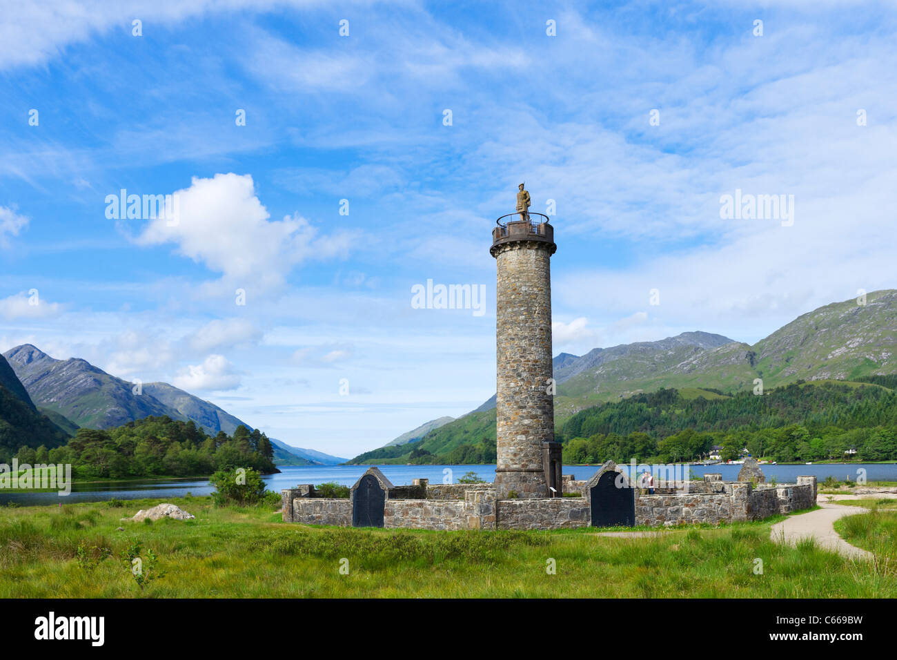 Loch Shiel and the Glenfinnan Monument (commemorating the 1745 Jacobite Rising), Glenfinnan, Scottish Highlands, - Stock Image