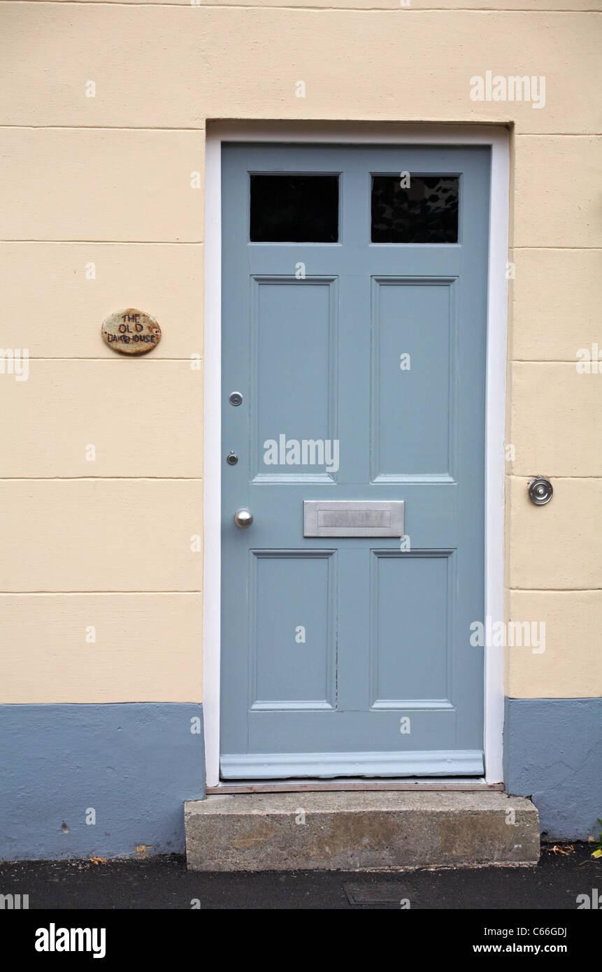 Door to the Old Bakehouse, Middlebridge Street in Romsey - Stock Image