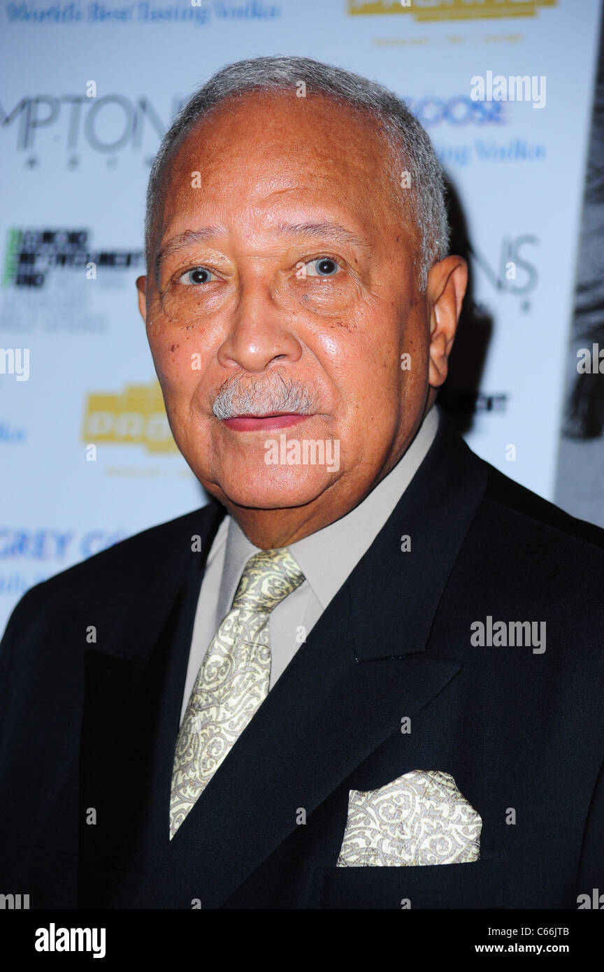 mayor david dinkins at arrivals for hamptons magazine cover party