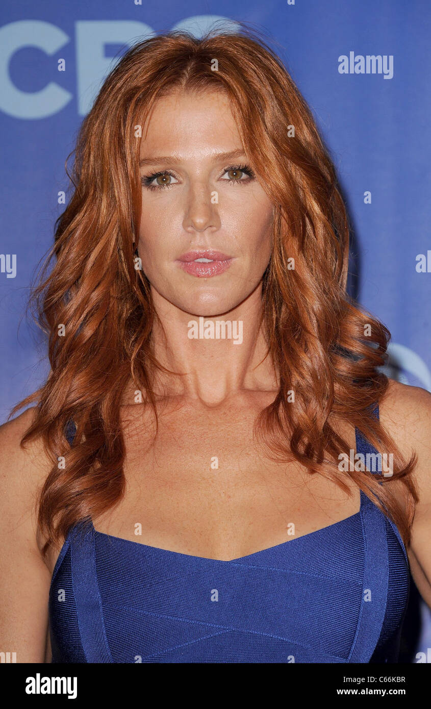 Poppy Montgomery Stock Photos & Poppy Montgomery Stock Images - Alamy