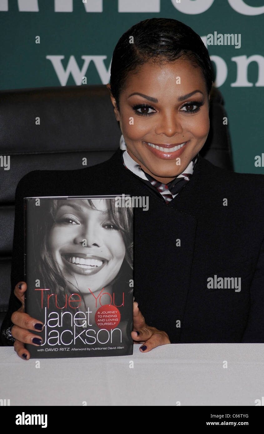 Janet Jackson at in-store appearance for Janet Jackson TRUE
