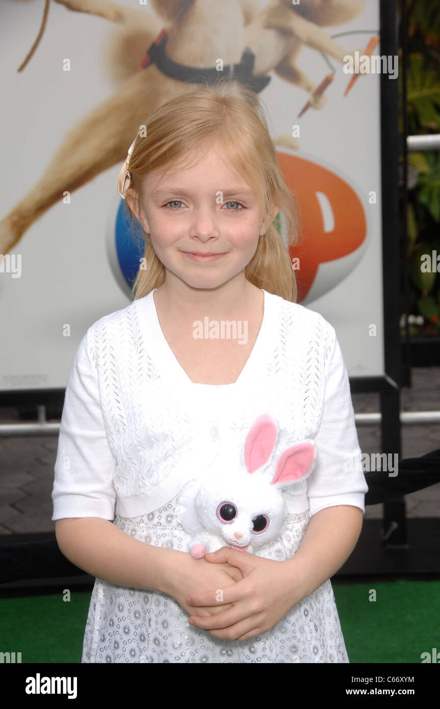 Elise Fisher at arrivals for HOP Premiere, Universal CityWalk, Los Angeles, CA March 27, 2011. Photo By: Michael - Stock Image
