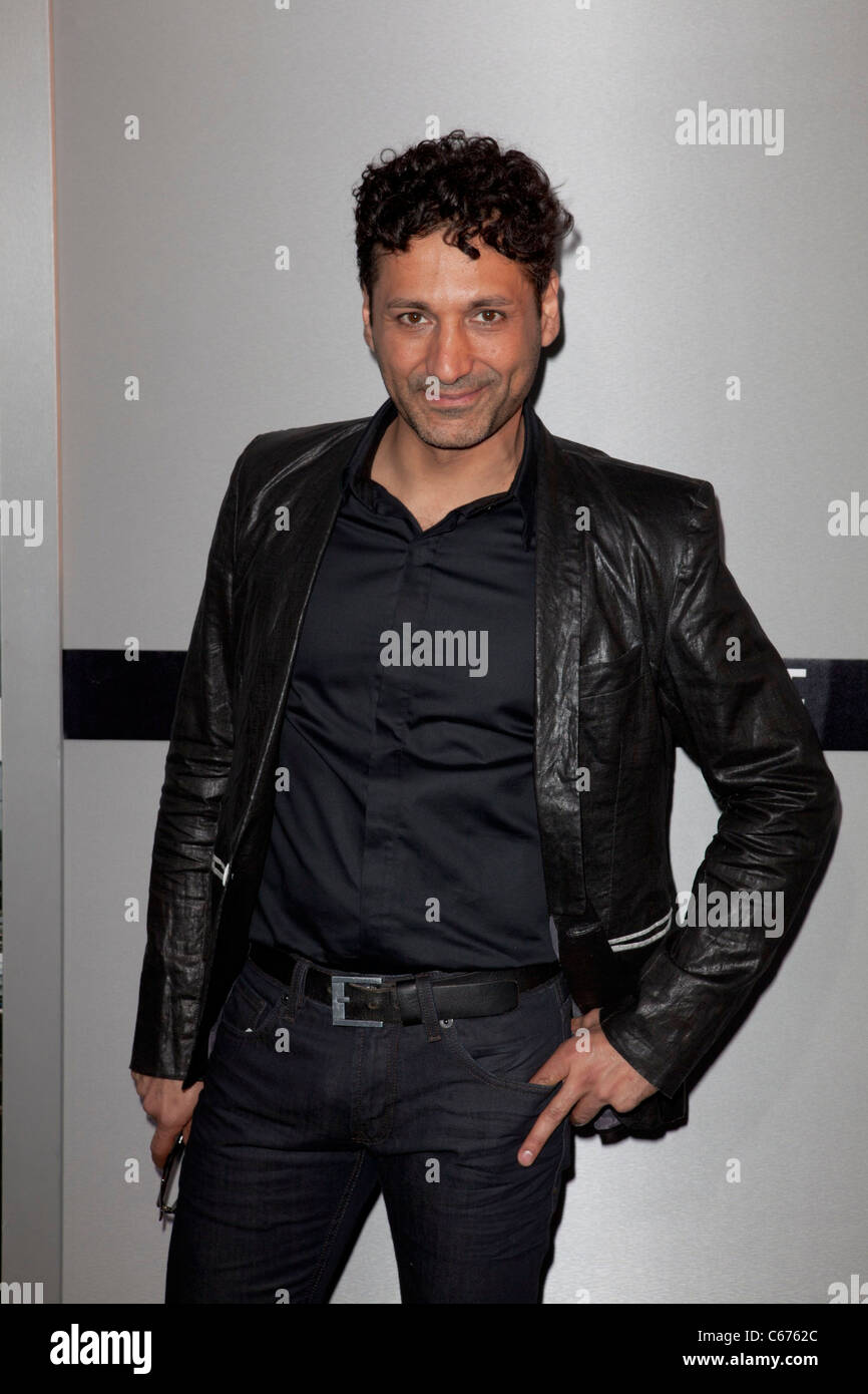 Cas Anvar at arrivals for SOURCE CODE Premiere, Arclight Cinerama Dome, Los Angeles, CA March 28, 2011. Photo By: - Stock Image