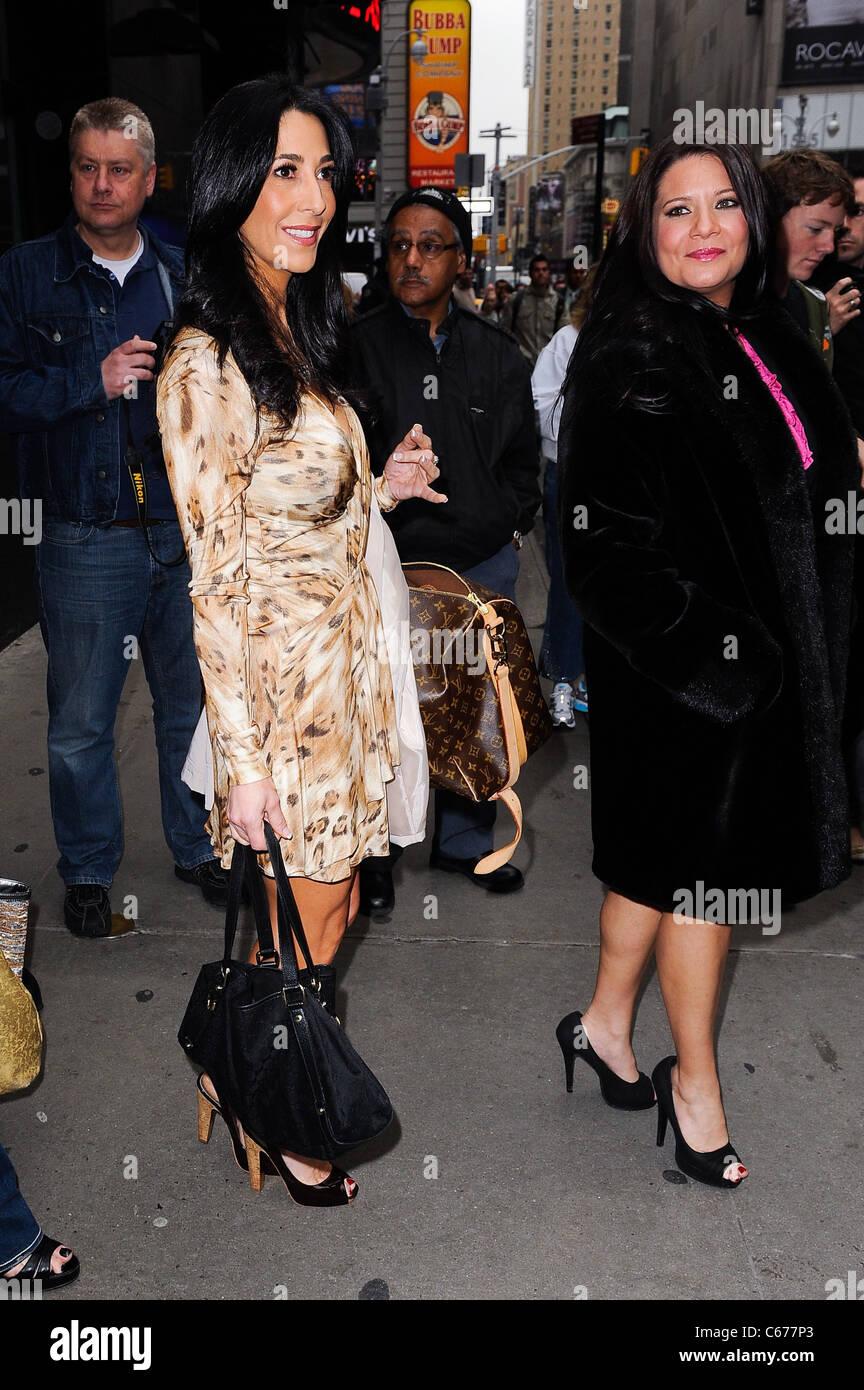 'Mob Wives' cast members Carla Facciolo, Karen Gravano, leave the 'Good Morning America' taping - Stock Image