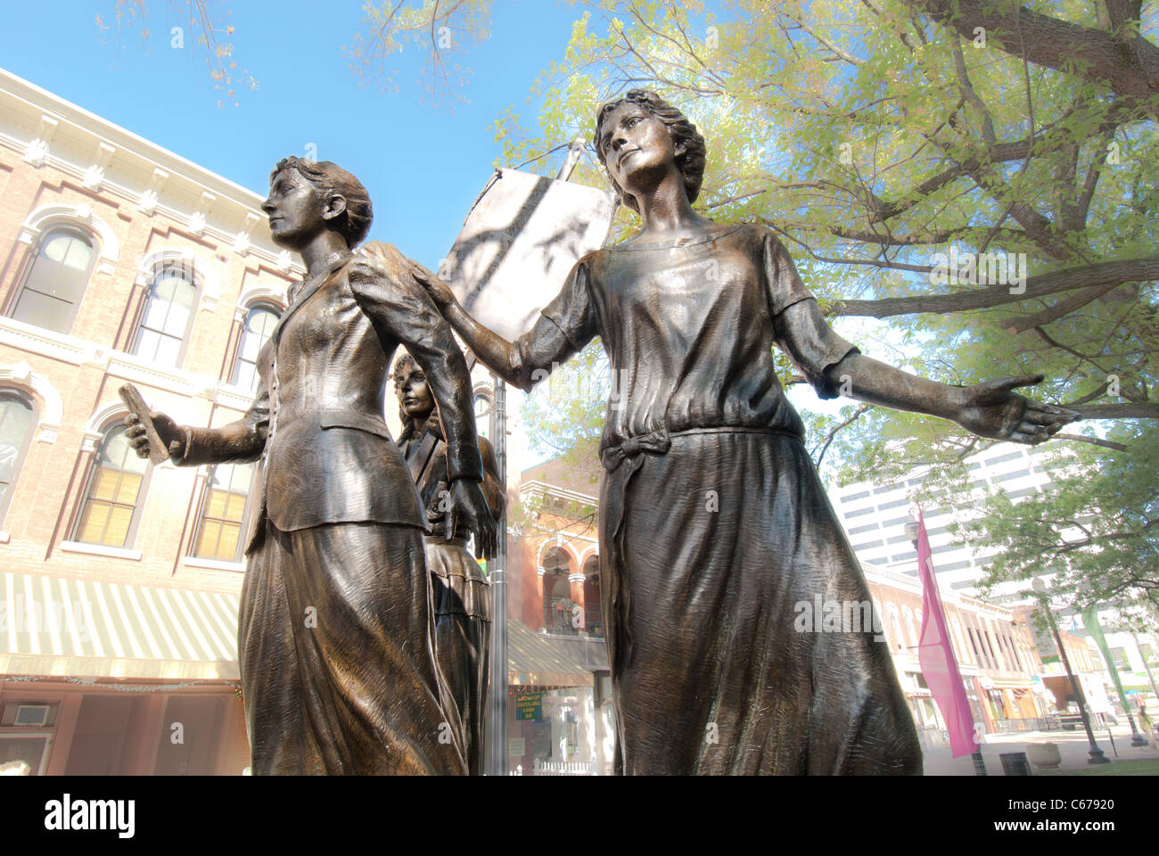Tennessee Woman Suffrage Memorial, sculptured in 2006 by Alan Lequire, Market Square in Knoxville, Tennessee, USA - Stock Image