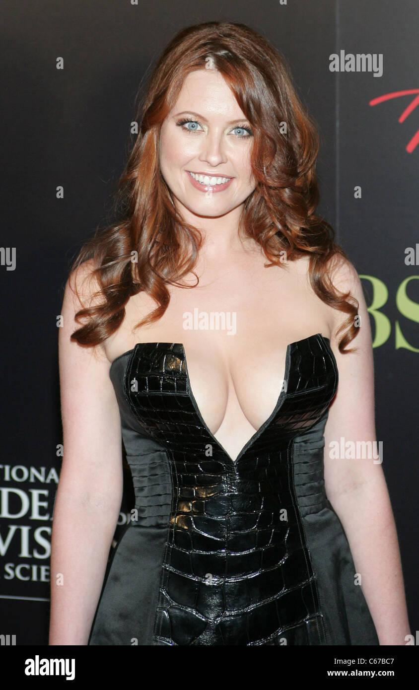 Melissa Archer dress