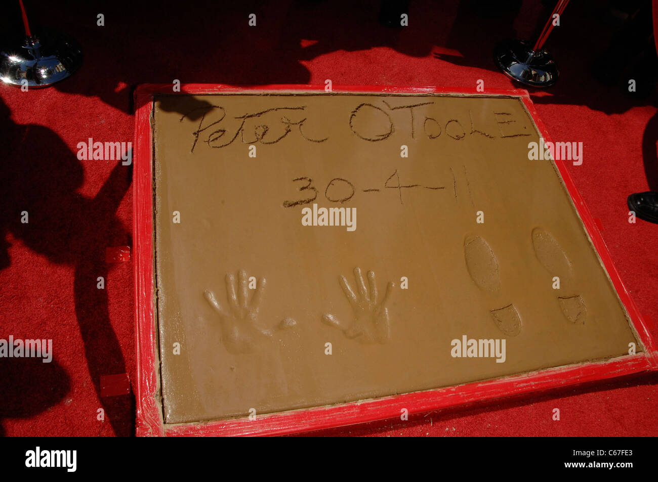 Peter O'Toole Hand and Footprints in attendance for Peter O'Toole Cements His Place Among Hollywood Royalty - Stock Image