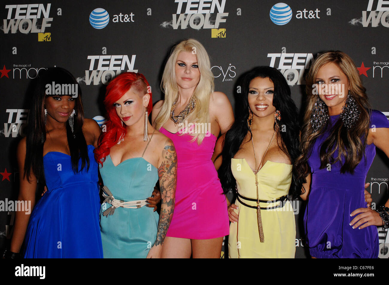 Electric Barbarellas at arrivals for TEEN WOLF Premiere Party, The Roosevelt Hotel, Los Angeles, CA May 25, 2011. - Stock Image