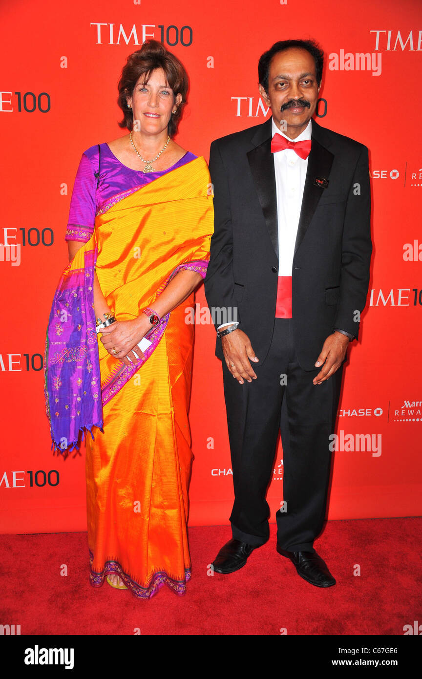 V.S. Ramachandran (R) at arrivals for TIME 100 GALA, Frederick P. Rose Hall - Jazz at Lincoln Center, New York, Stock Photo
