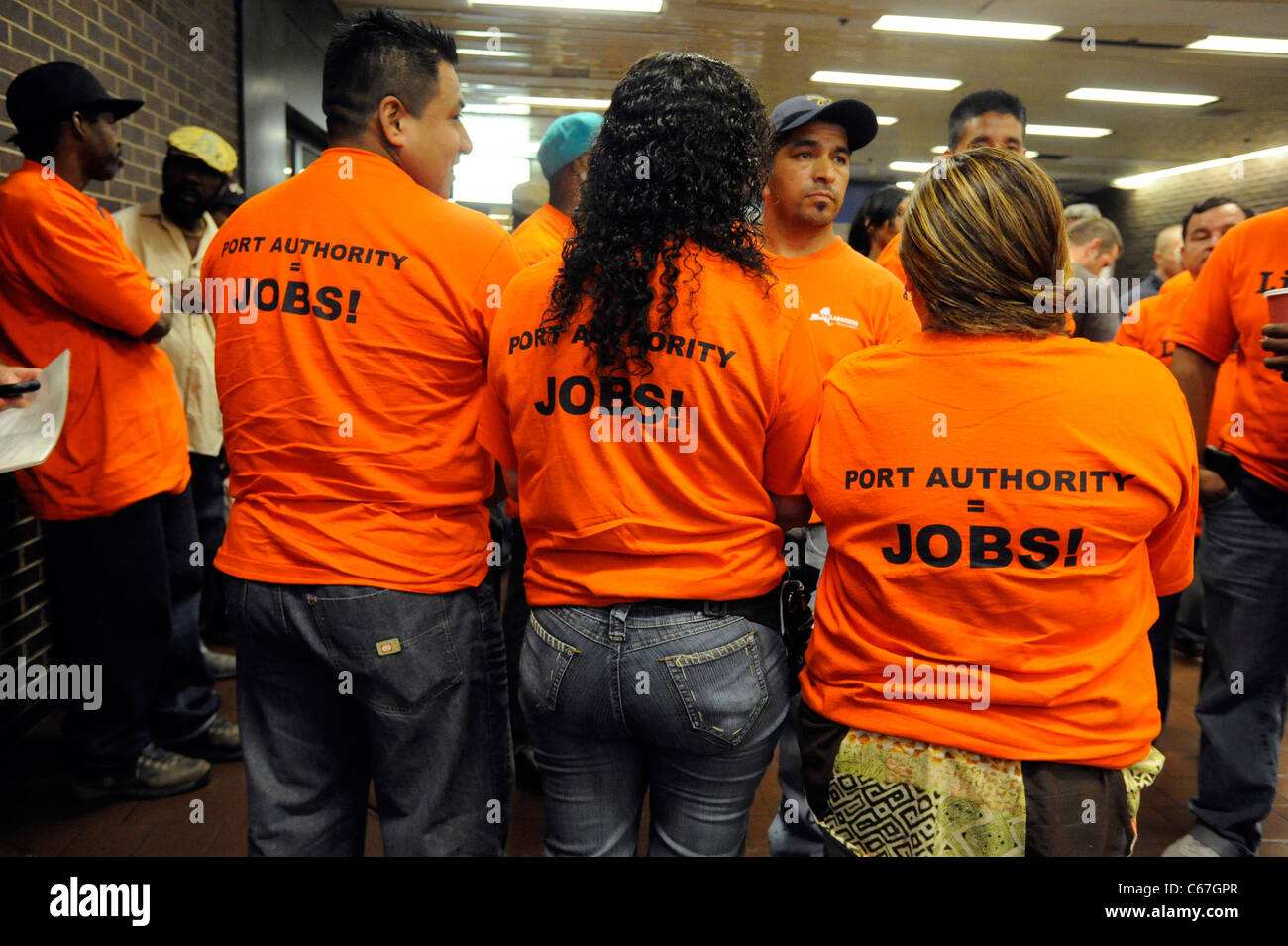 Port Authority of New York and New Jersey fare and toll hike hearings on August 16, 2011. - Stock Image