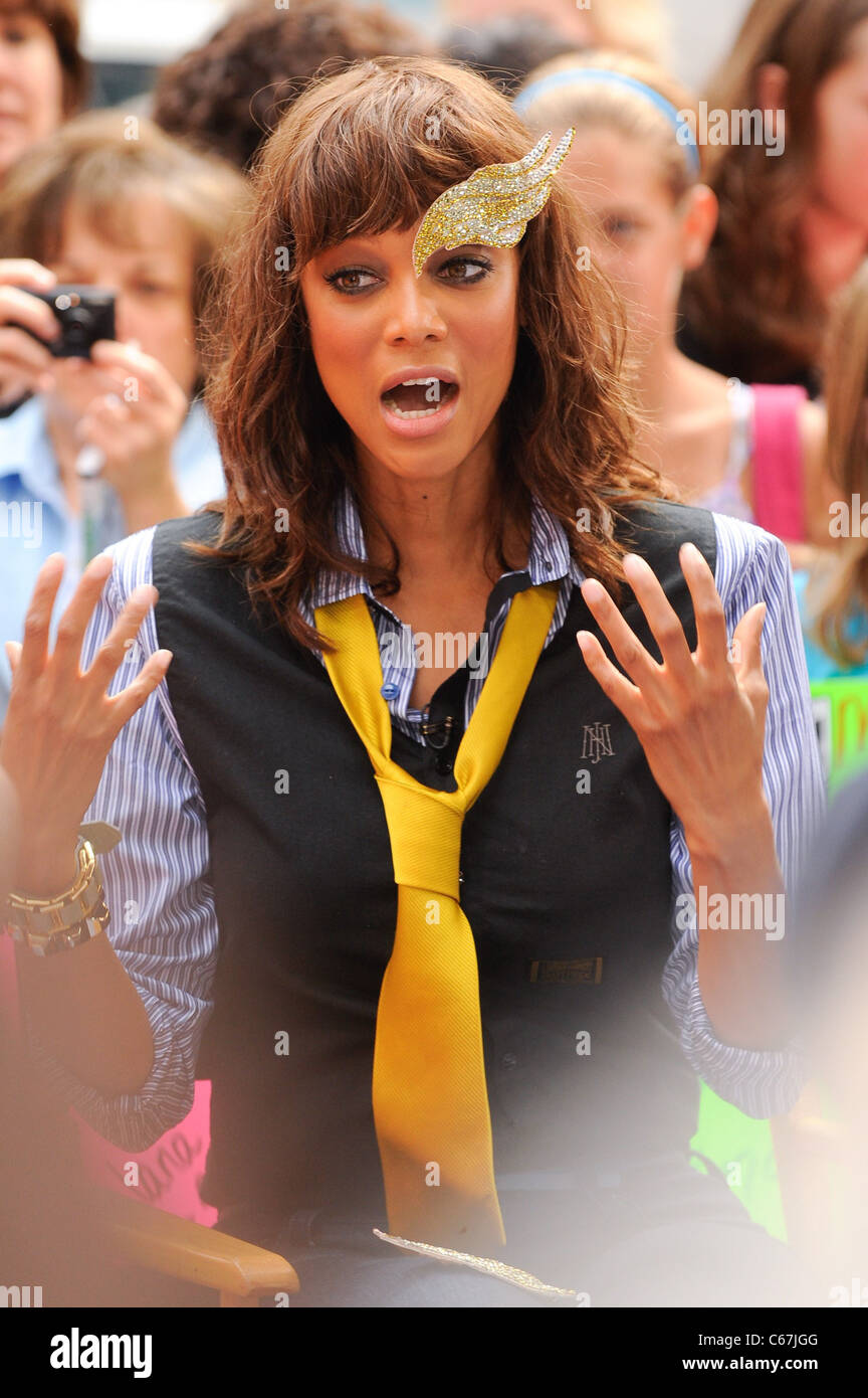 Tyra Banks, films an interview segment at the 'Good Morning America' taping at the ABC Times Square Studios - Stock Image