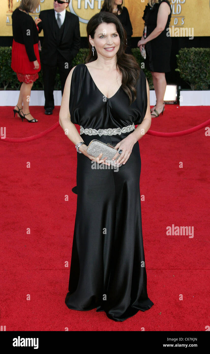 Julia Ormond Immagini julia ormond at arrivals for 17th annual screen actors guild