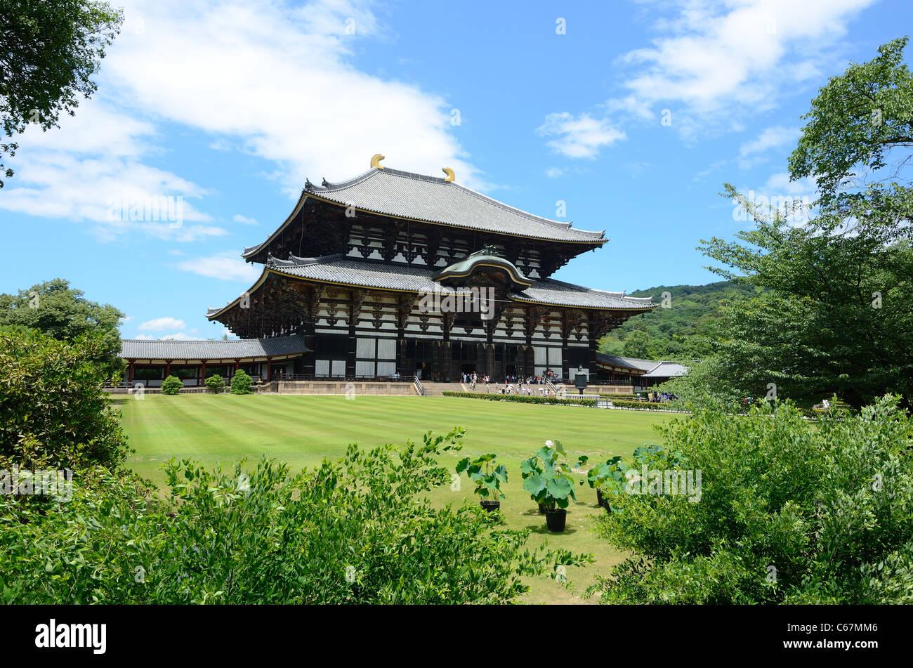 Todai-ji Buddhist Temple in Nara, Japan. - Stock Image