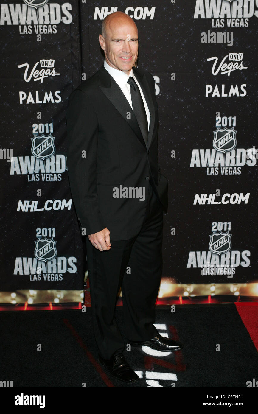 Mark Messier At Arrivals For 2011 National Hockey League Nhl Awards