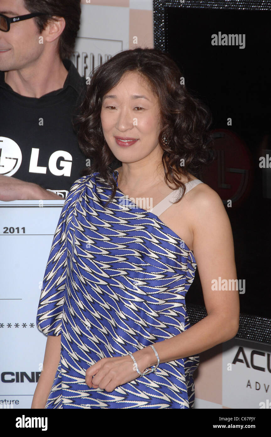 Sandra Oh at arrivals for 2011 Film Independent Spirit Awards - Arrivals Part 1, on the beach, Santa Monica, CA - Stock Image