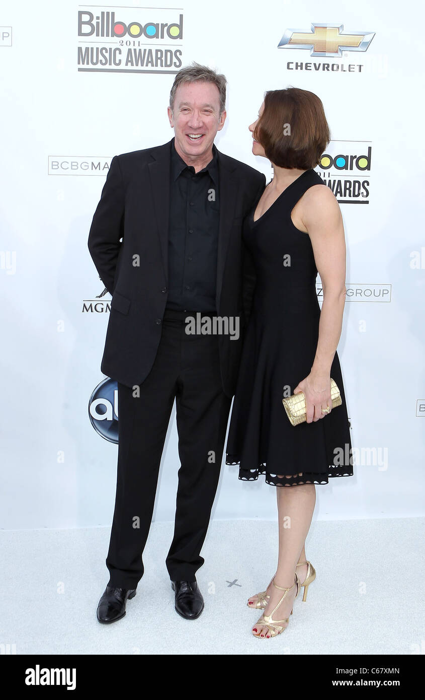 Tim Allen and Wife at arrivals for 2011 Billboard Music Awards, MGM Grand Garden Arena, Las Vegas, NV May 22, 2011. - Stock Image