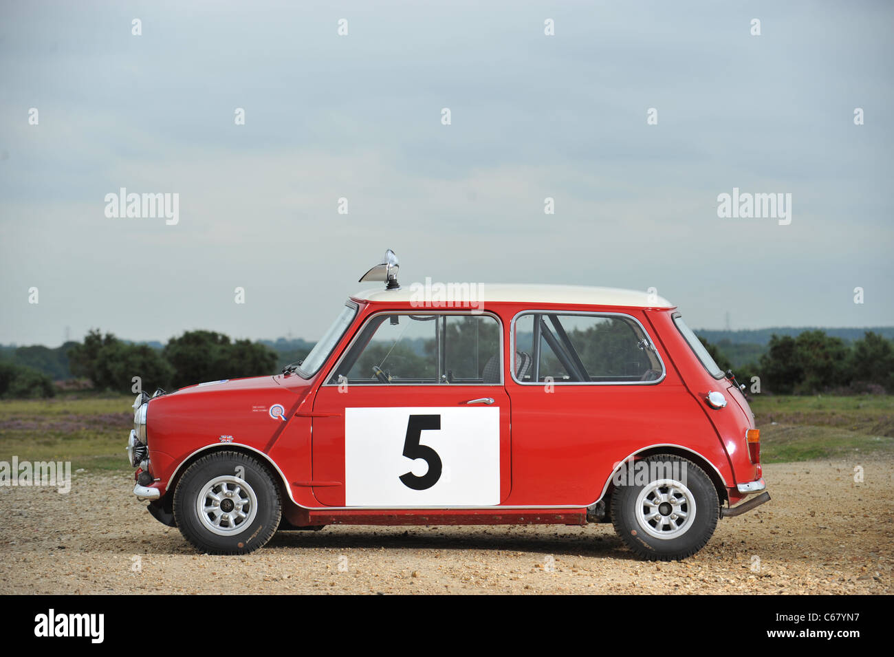 1964 mini cooper 1,275s rally saloon The ex works 1965 rac rally and  1966 scottish winner - Stock Image