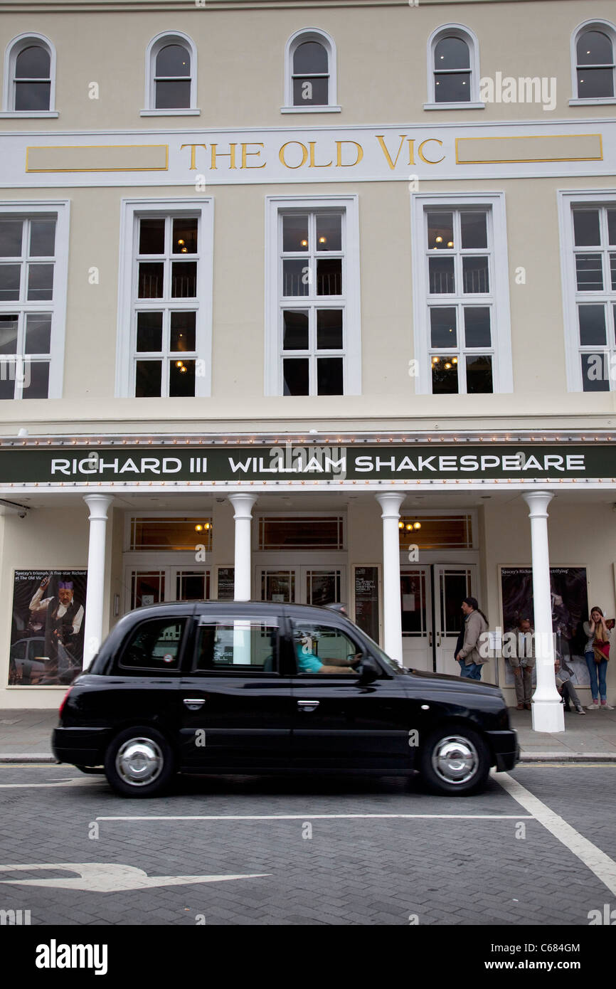 The Old Vic Theatre on The Cut in London. - Stock Image