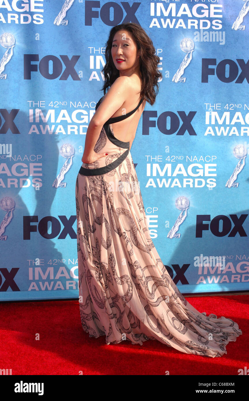 Sandra Oh at arrivals for 42nd NAACP Image Awards, Shrine Auditorium, Los Angeles, CA March 4, 2011. Photo By: Elizabeth - Stock Image
