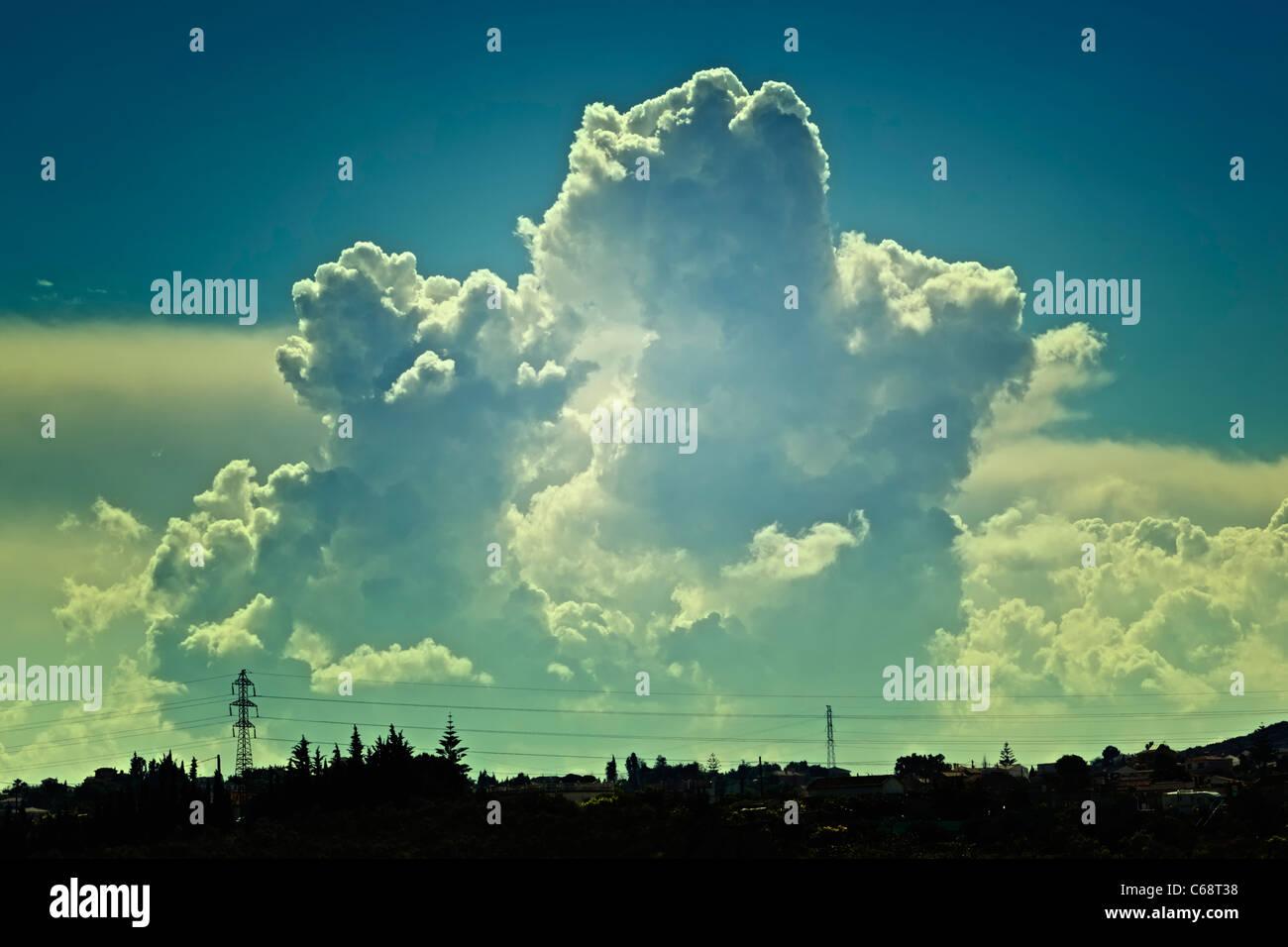 Storm clouds at dusk. Cumulus congestus. - Stock Image