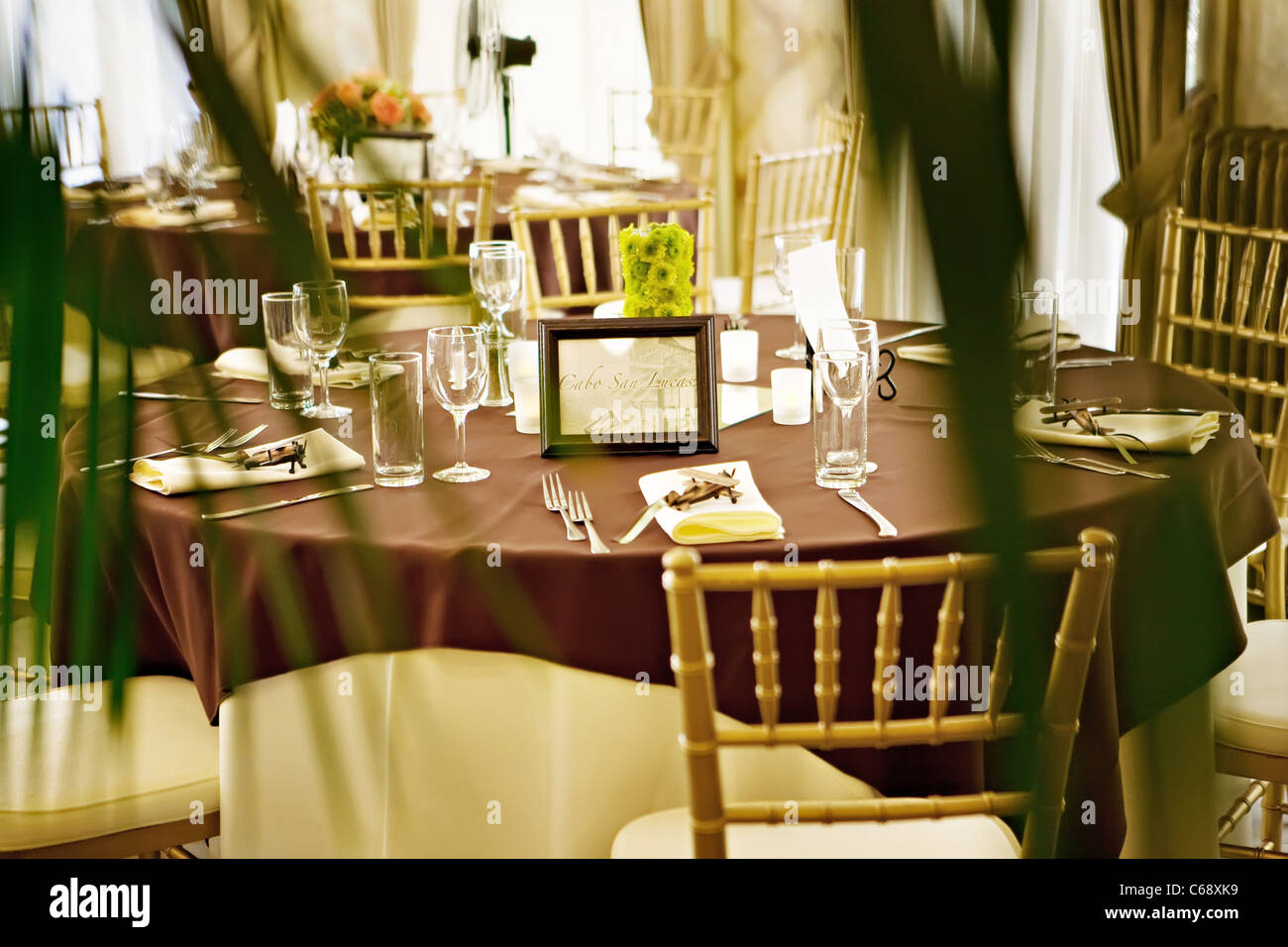 Formal Dinner Table At A Fancy Restaurant Stock Photo Alamy - Fancy restaurant table