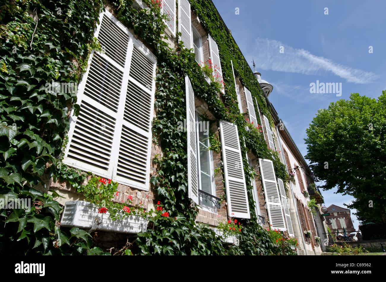 White shuttered windows Hautvillers Champagne-Ardenne France - Stock Image