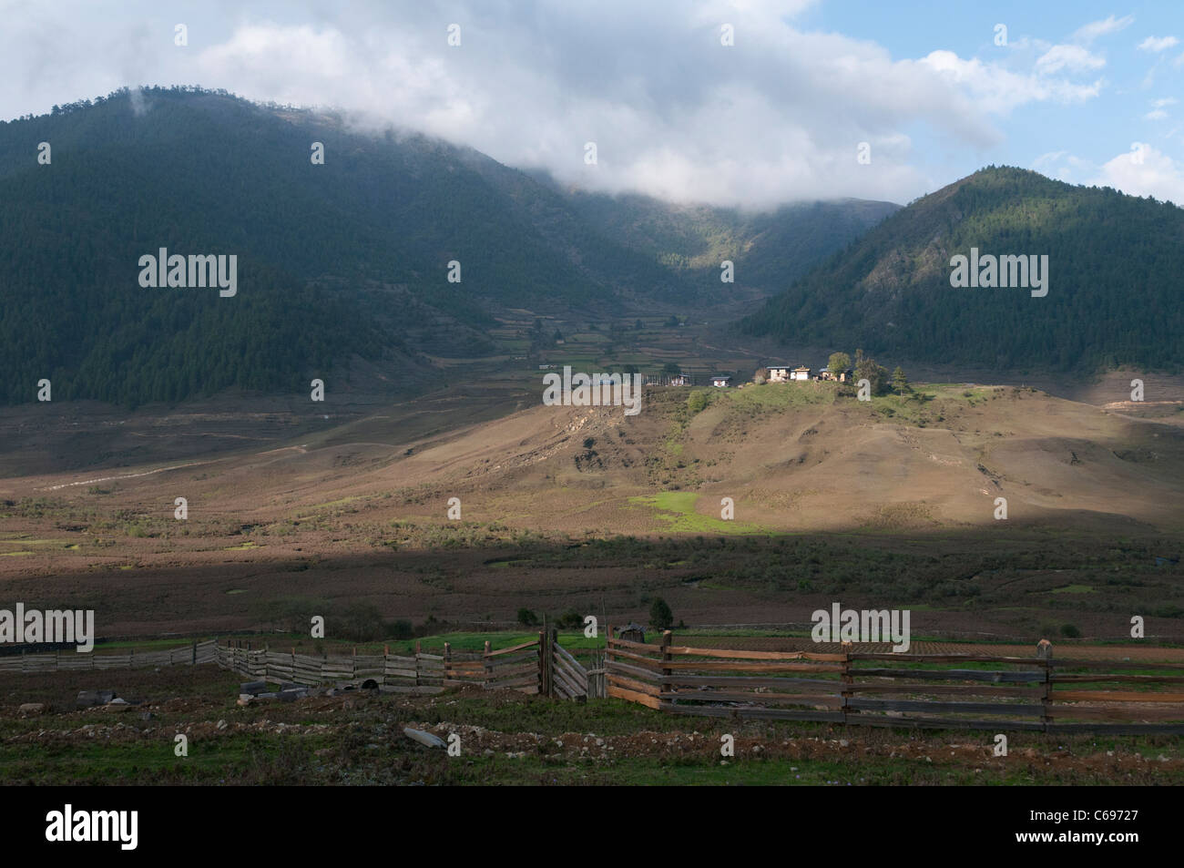 View of the wetlands in Phobjikha valley. bhutan - Stock Image