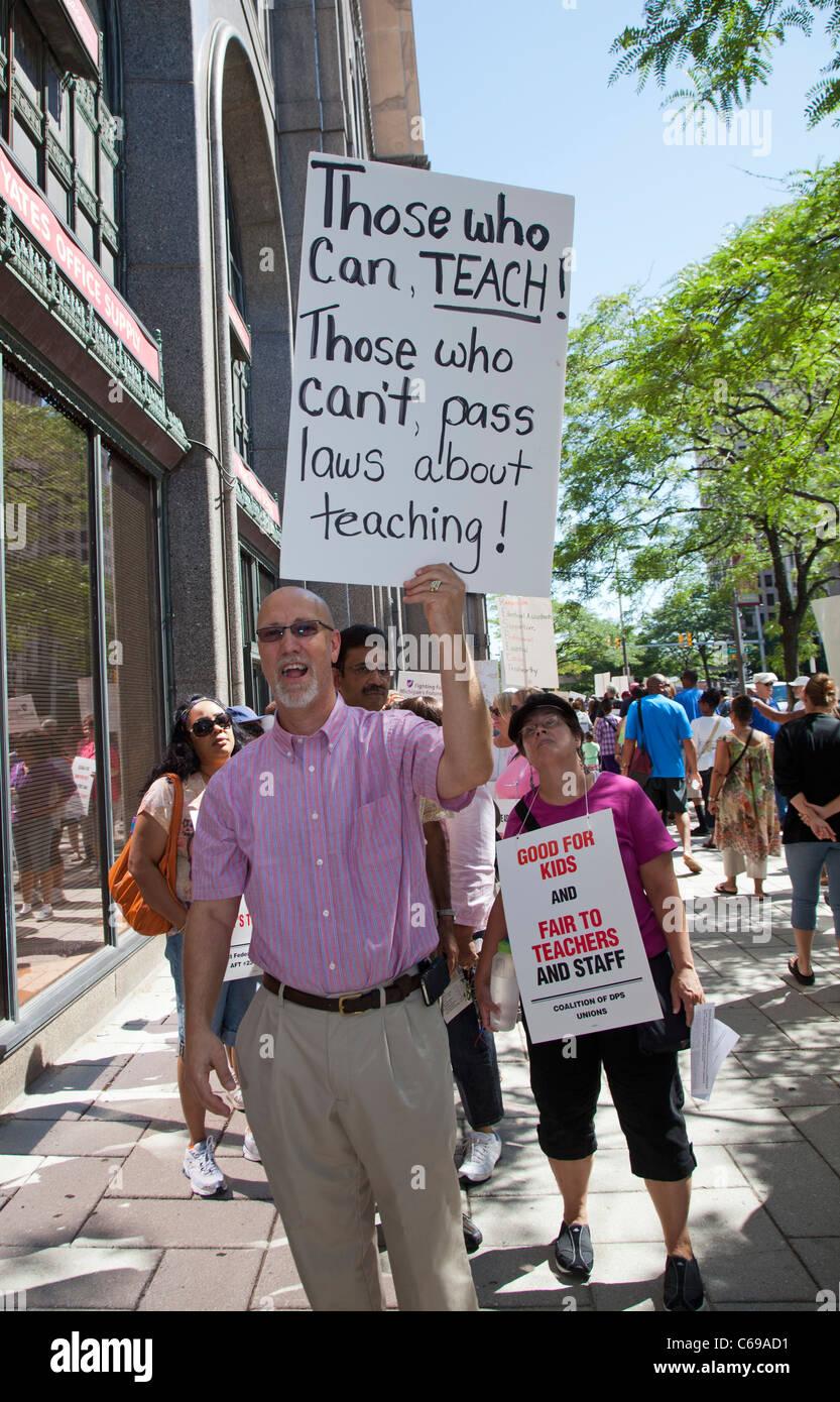 Teachers Protest Wage Cut - Stock Image