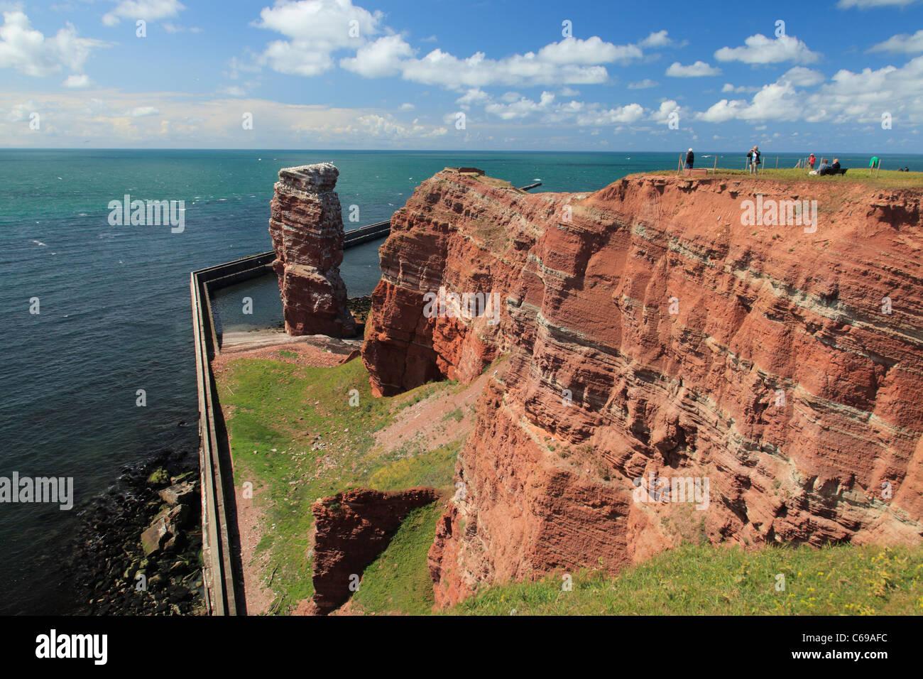 """bird rock """"Lange Anna"""" (""""High Anna"""") on island Heligoland;  """"Lange Anna"""" auf Helgoland Stock Photo"""