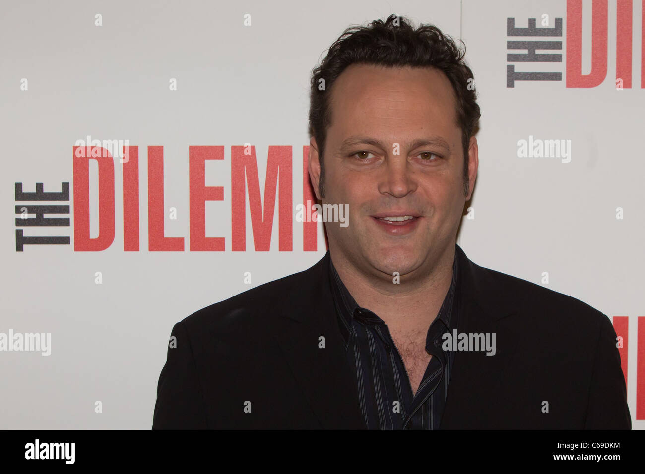 Vince Vaughn at arrivals for THE DILEMMA Premiere, AMC River East Theater, Chicago, IL January 6, 2011. Photo By: - Stock Image