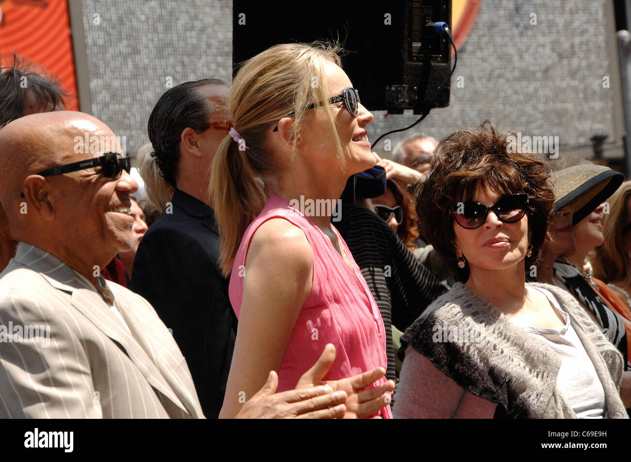 Berry Gordy, Sharon Stone, Carol Bayer Sager at the induction ceremony for Star on the Hollywood Walk of Fame Ceremony - Stock Image