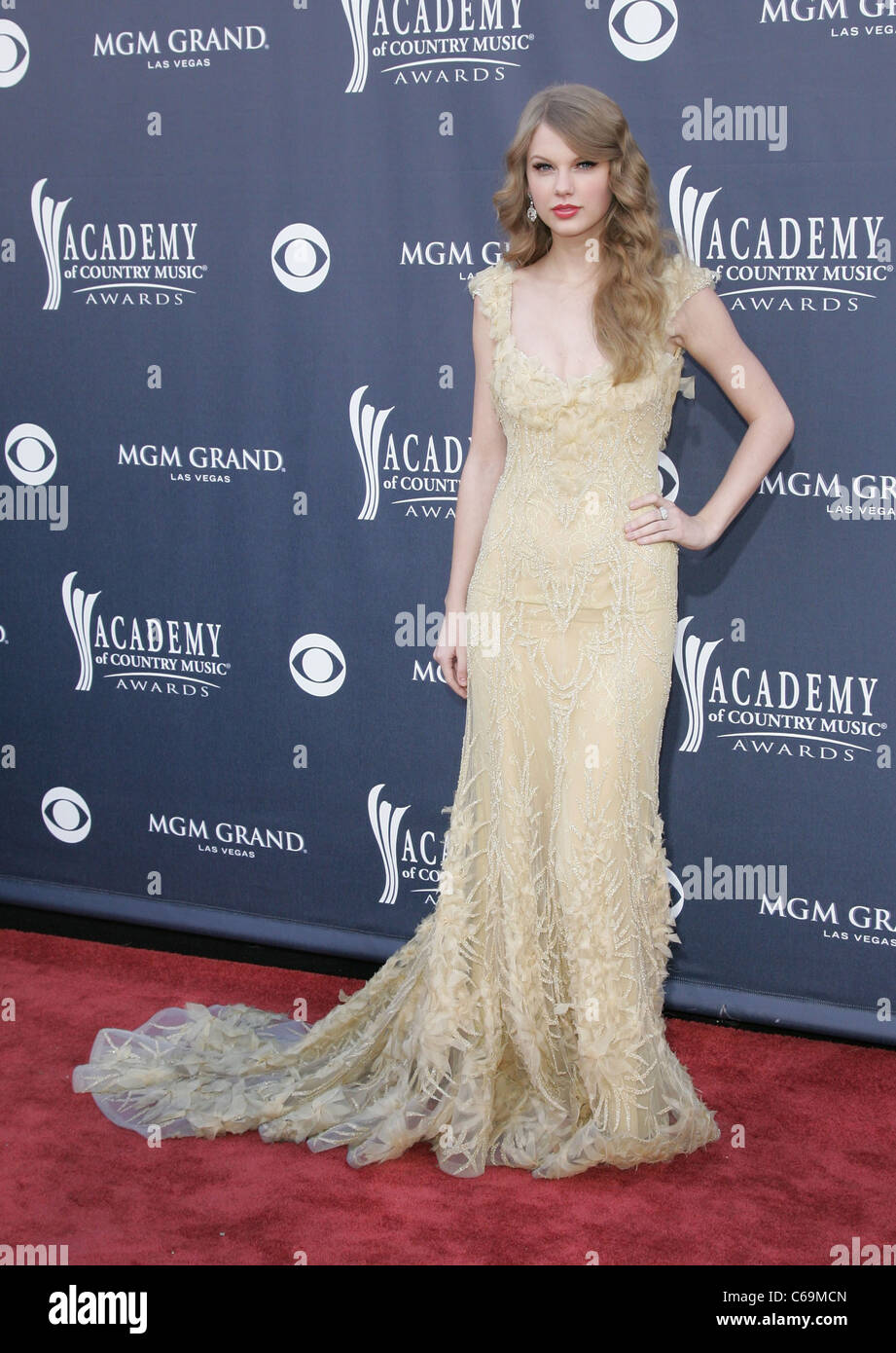 Taylor Swift (wearing a dress by Elie Saab) at arrivals for Academy ...