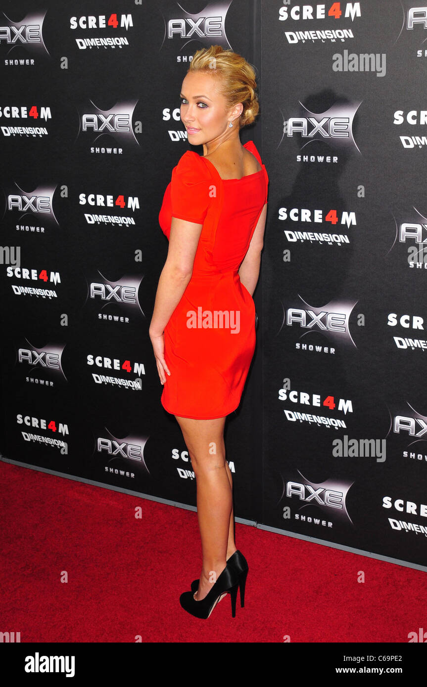 Hayden Panettiere Wearing A Zac Posen Dress At Arrivals For Scream