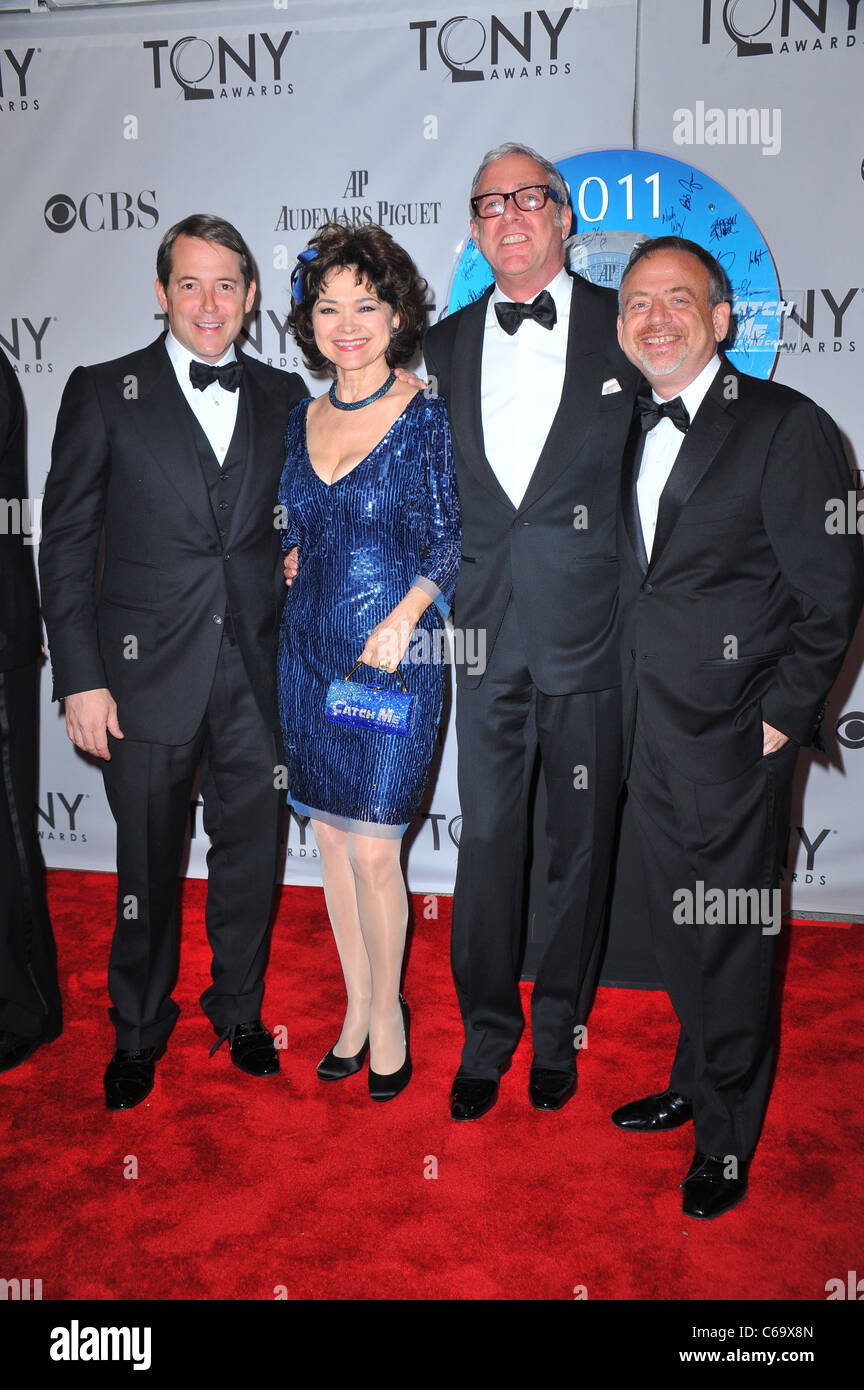 Matthew Broderick, guests, Mark Shaiman (far right) at arrivals for American Theatre Wing's 65th Annual Antoinette - Stock Image