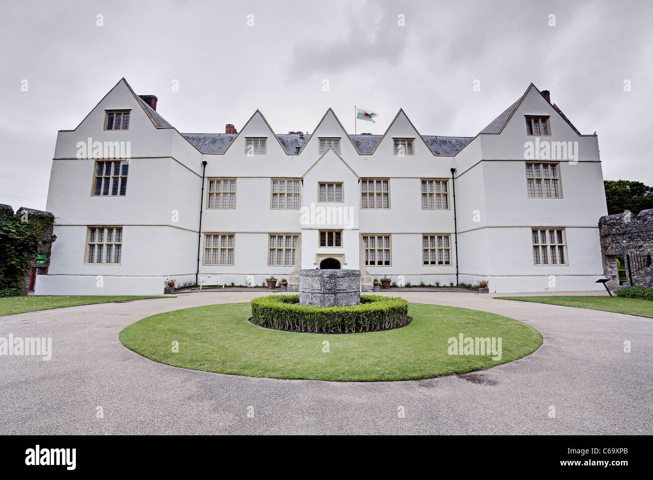 St Fagans Castle. St Fagans Castle is a Grade 1 listed building and one of the finest Elizabethan manor houses in Stock Photo